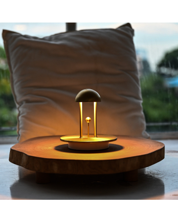 Jingle TC Brass Table Lamp